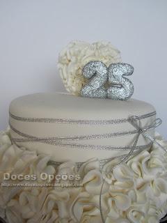 bolo aniversário 25 anos casamento bragança