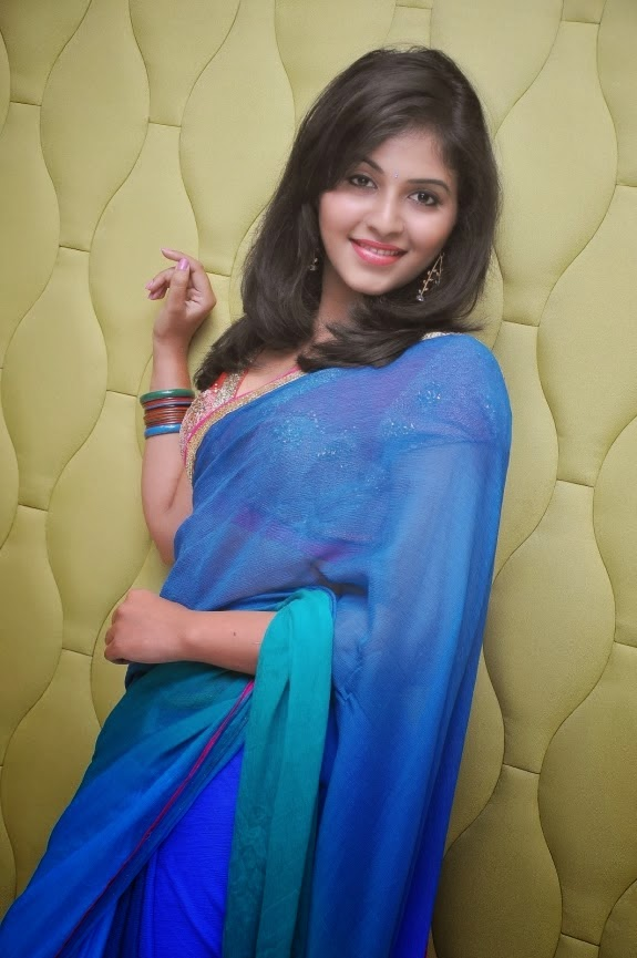 Actress Anjali Cute Saree Hot Sexy Photos