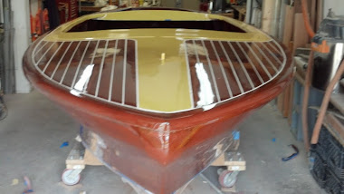 After - 19&#39; Chris-Craft Capri Deck Varnished w/ 10 Coats