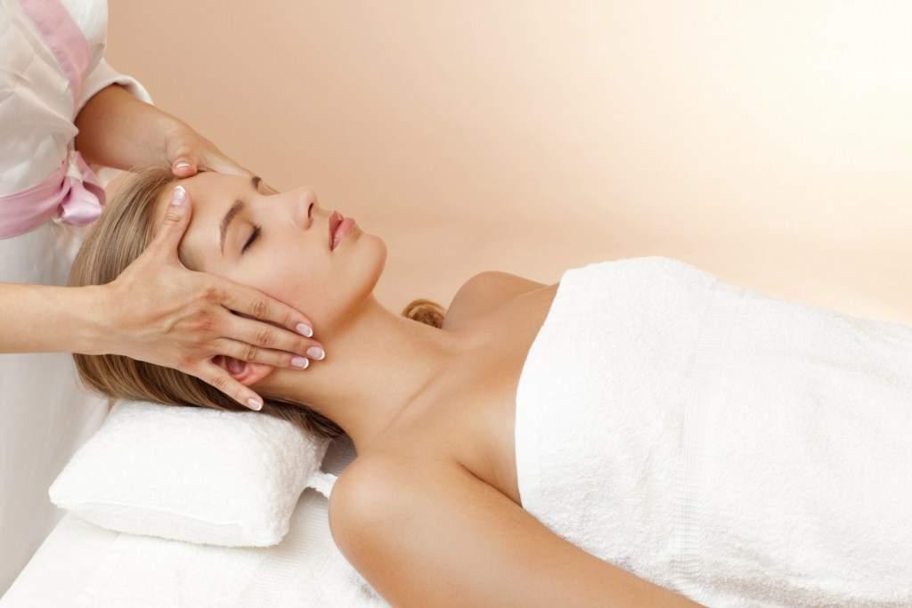 Facial Massage Lotion With A Light Touch U0026 Lemongrass, Tangerine Scent