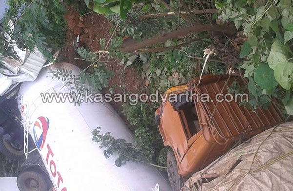 Accident, Driver, Injured, Tanker-Lorry, Hospital, Road, Kasaragod, Kerala, Kerala News, International News, National News.