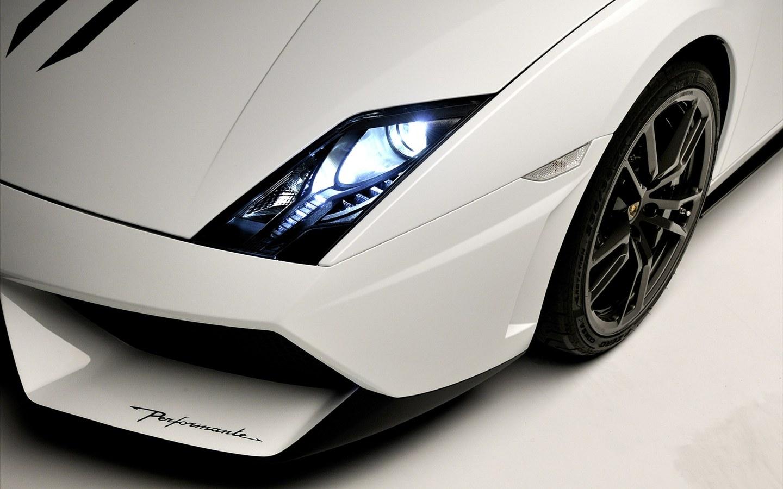 http://2.bp.blogspot.com/-aoQUFRL7kWI/UN7WTjGFehI/AAAAAAAAG5Y/CQrIEPI5bIM/s1600/Lamborghini-Gallardo.jpg