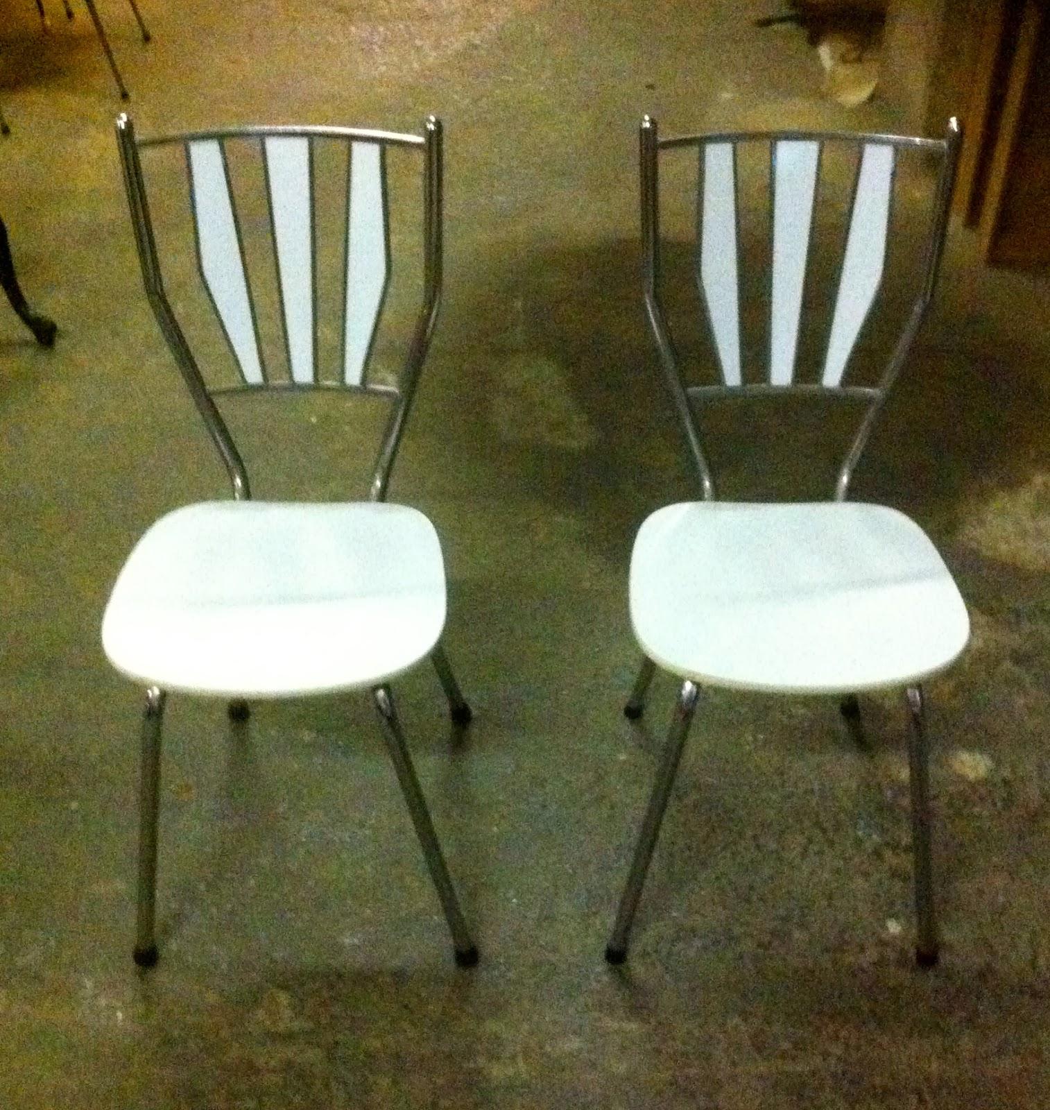 Encantsvintage pareja sillas cocina f rmica blanca - Sillas formica ...