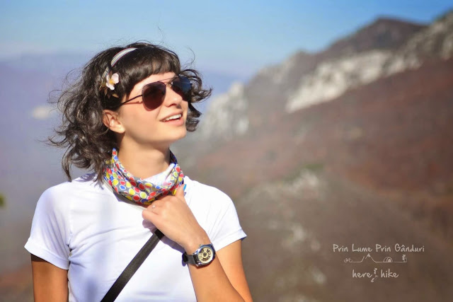 domogled-peak-hike-view-crucea-alba