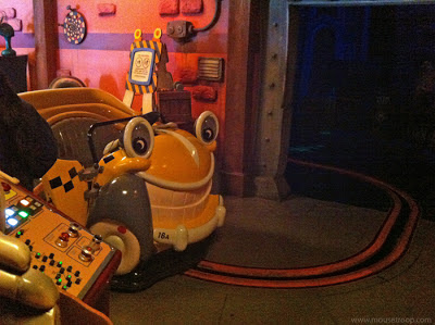 Roger Rabbit Disneyland Spin Rabbit's dark ride taxi cabs