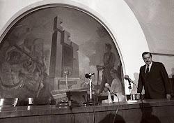 Raul Alfonsin en la CGT