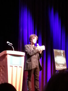 Neil Gaiman answering questions