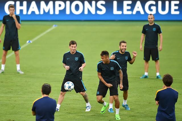 No 100º jogo de Messi, o argentino terá a companhia de Neymar e Alba (foto: ALBERTO PIZZOLI / AFP)
