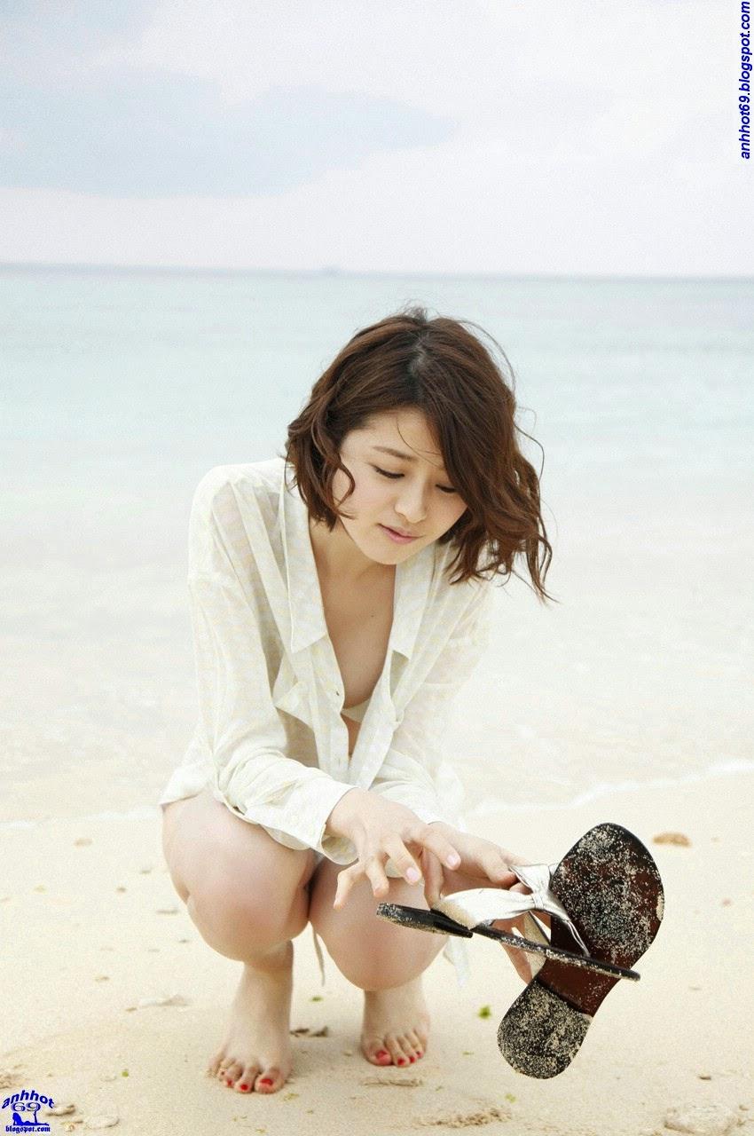 chinami-suzuki-01205326