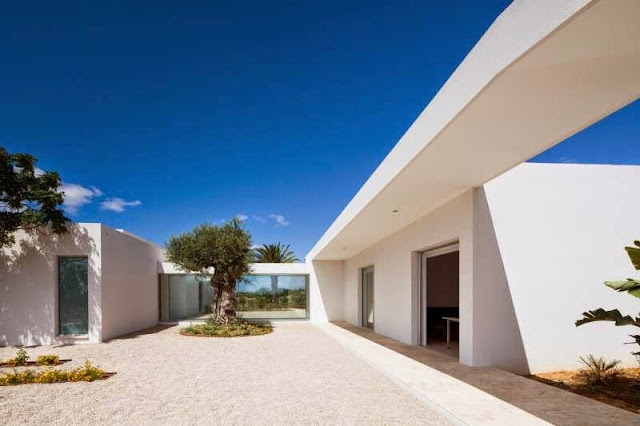 design idea Modern House with Pool in Tavira