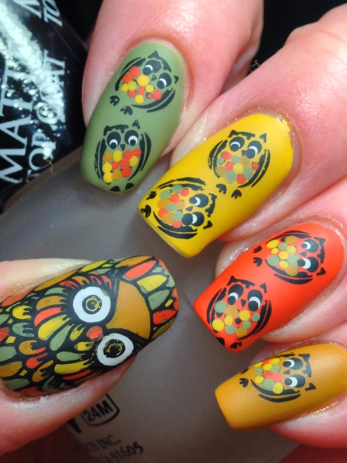 http://canadiannailfanatic.blogspot.ca/2014/02/digit-al-dozen-does-vintage-day-1.html