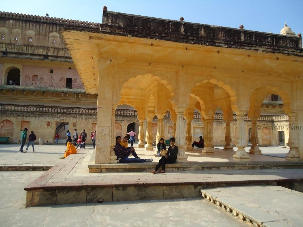 images of Diwan-i-aam and sabha niwas in Jaipur rajasthan