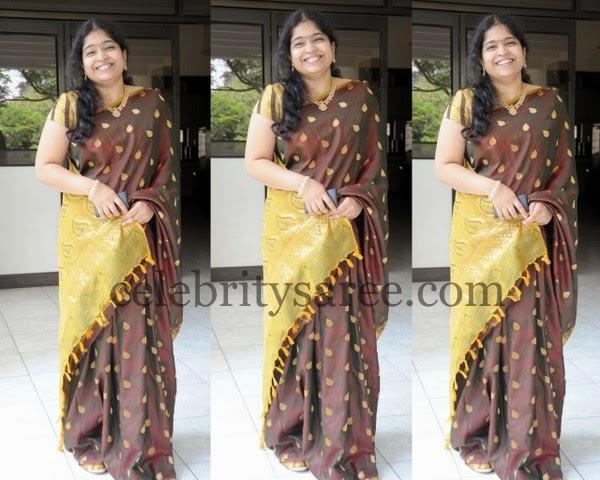 Singer Usha Brwon SIlk Saree