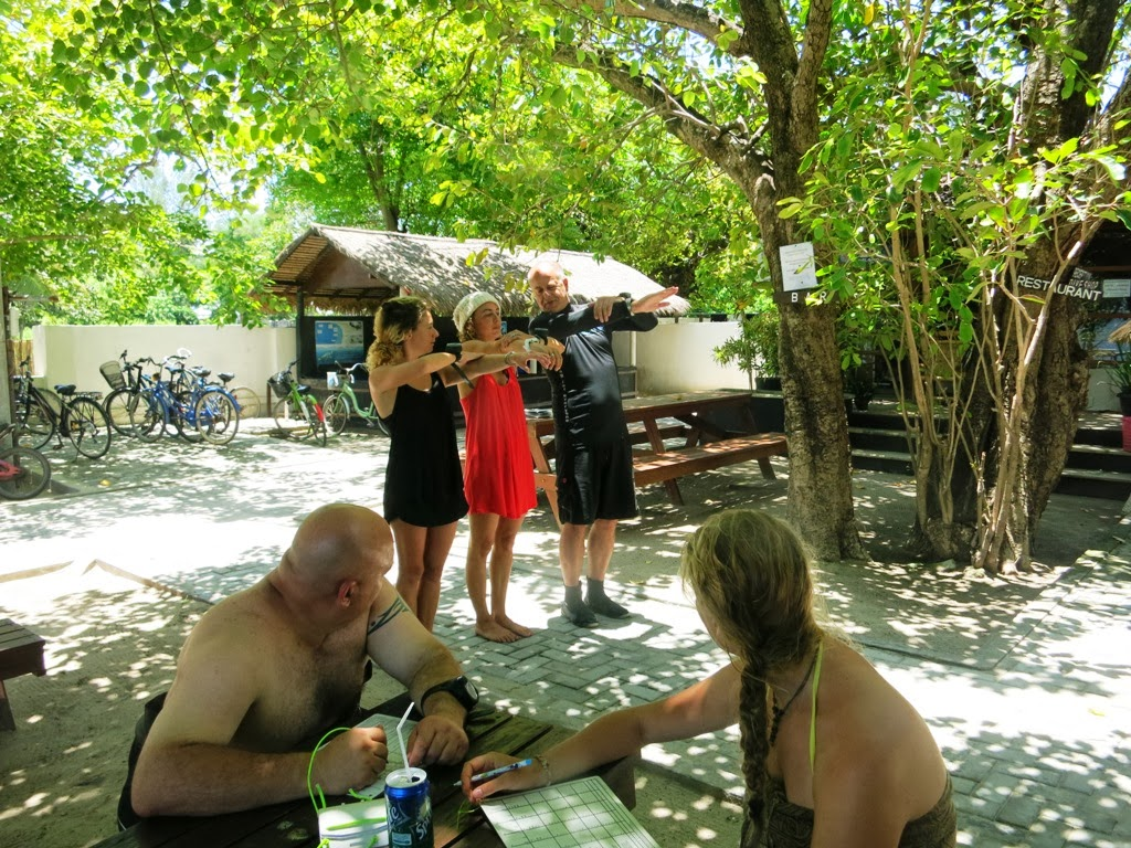 PADI IDC, Gili Air, Indonesia, open water briefing