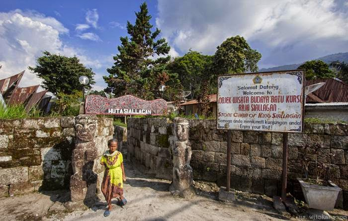 Yuk Menjelajahi Jejak Peradaban Batak di Batu Kursi [Objek Wisata Budaya Batu Kursi Raja Siallagan]