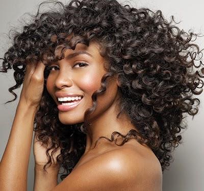 Routine capillaire: Comment s'organiser pour avoir des cheveux en bonne santé, longs, beaux , et forts ?