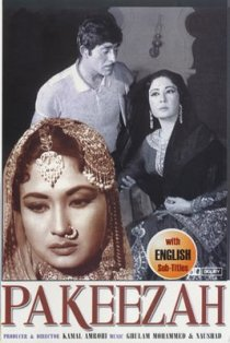 Download Pakeezah Old Hindi Songs