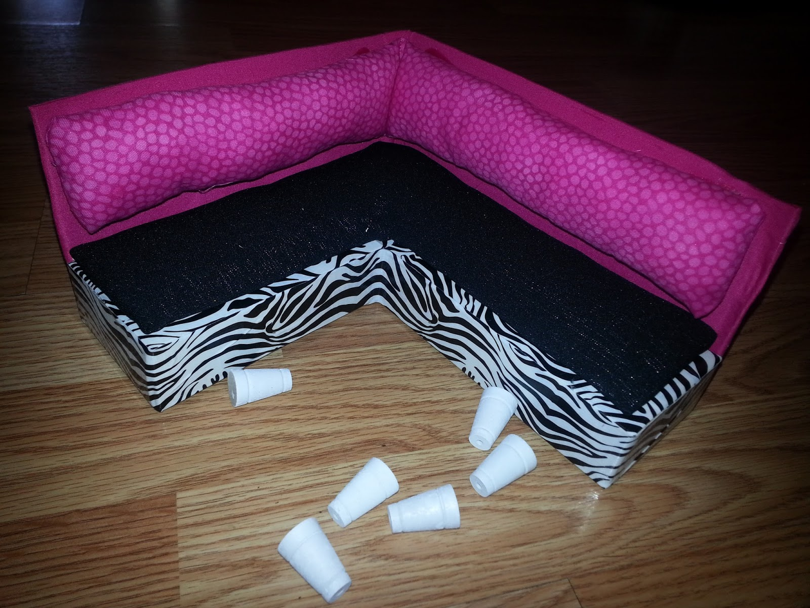 Simple Livin DIY Barbie Doll Furniture