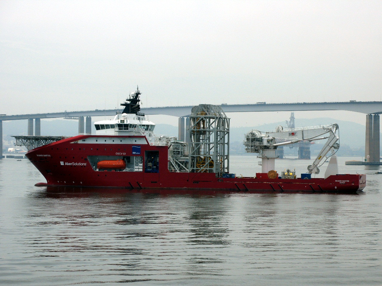 navios ahts e psv do porto de macae rj brasil imbetiba e