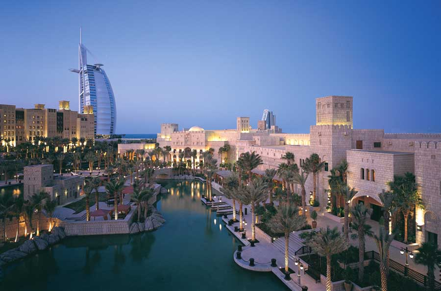 M: Jumeirah Beach Hotel - Duba, mirats