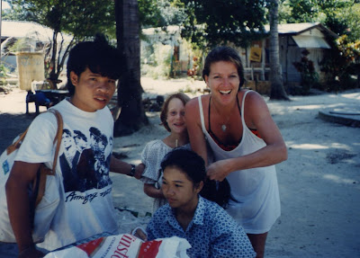 braiding hair in Koh Samet Thailand