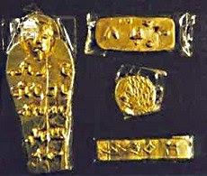 piezas de oro