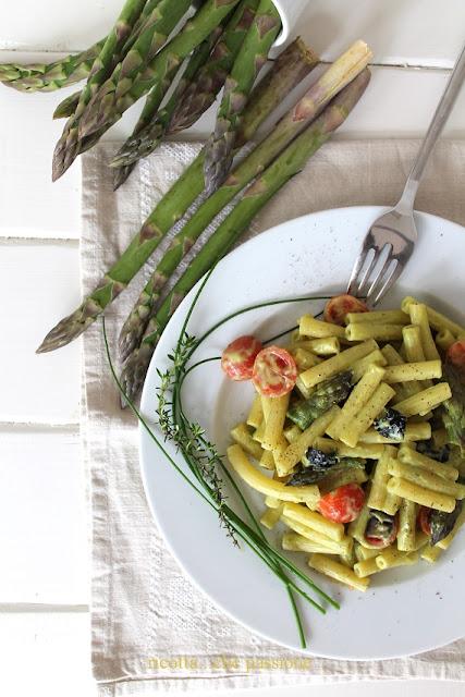 sedanini con asparagi e caprino