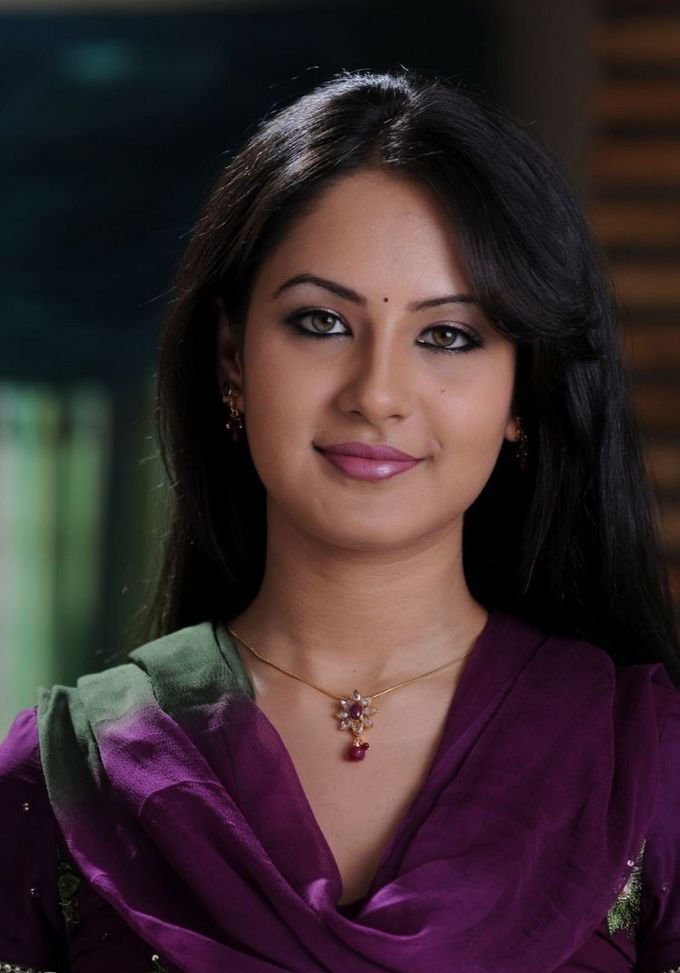 Actress Photo Biography