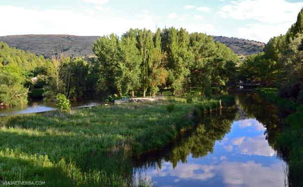 Margenes del rio Duero en Soria, España. Por Viaja et Verba