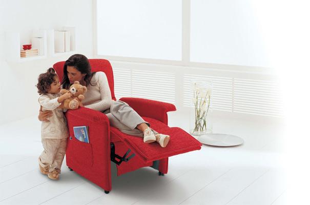 Divani blog tino mariani promozione poltrone relax il for Divani in regalo