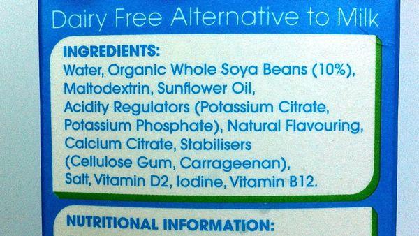 Delamere Dairy Unsweetened Soya Milk ingredients