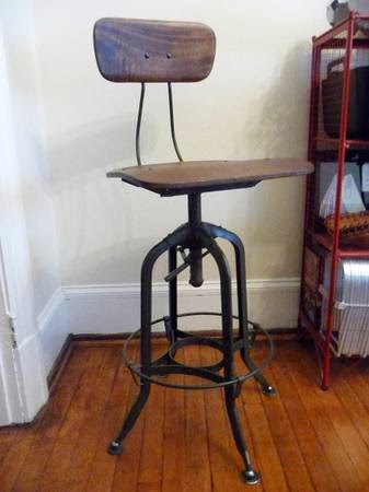 Vintage Toledo Bar Chair   $150 (Cambridge) Http://boston.craigslist .org/gbs/fuo/4328802521.html