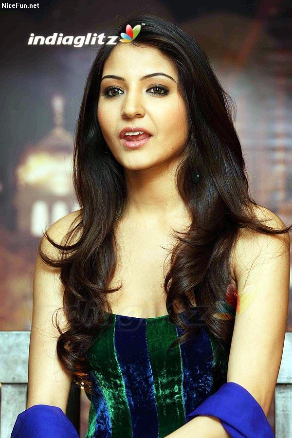 Aishwarya Rai Hot: Anushka sharma hair
