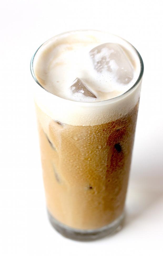 Iced Yuanyang, Coffee & Tea drink recipe by SeasonWithSpice.com