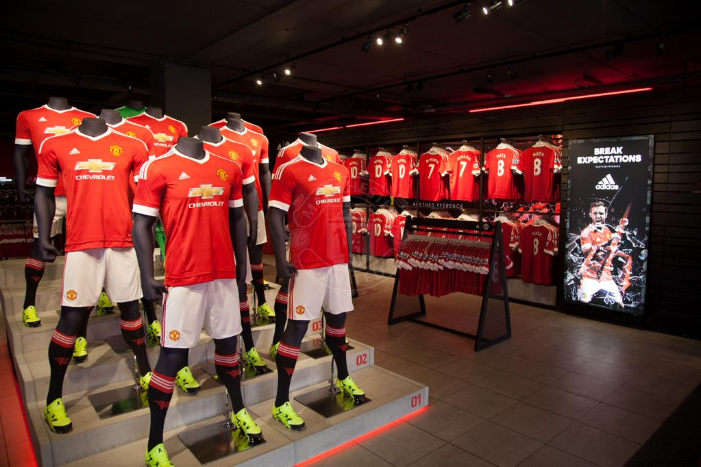 Adidas is back at old trafford footy headlines for Mobilya megastore last minute