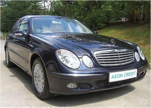 Cho thuê xe Mercedes E280 hạng sang 1