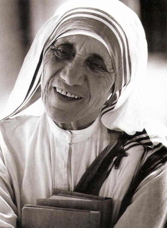A força mais potente do universo é a fé. Madre Teresa