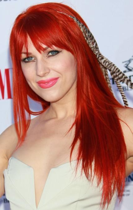 sitio web tailandés cabello rojo