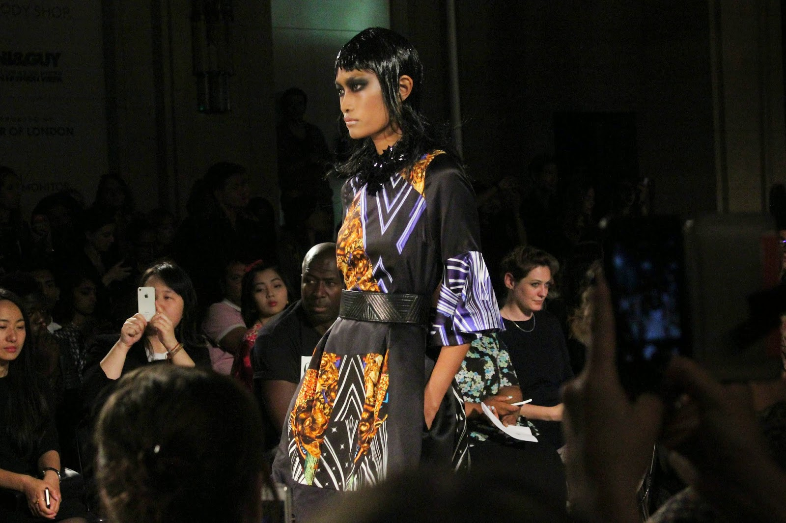 london-fashion-week-2014-lfw-spring-summer-2015-blogger-fashion-Dora-Abodi-catwalk-models-freemasons hall-fashion-scout-dress-belt