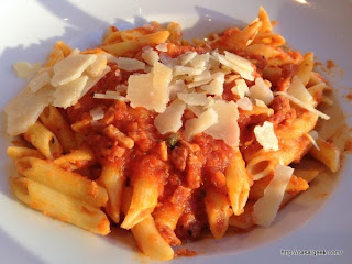 Pizza Pino - Penne All'Amatriciana
