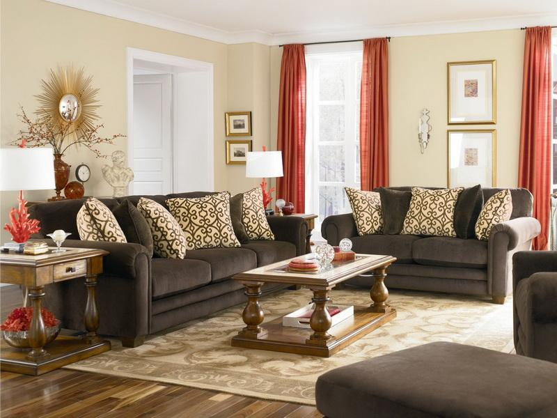 Tips To Choose Couches For Small Living Room
