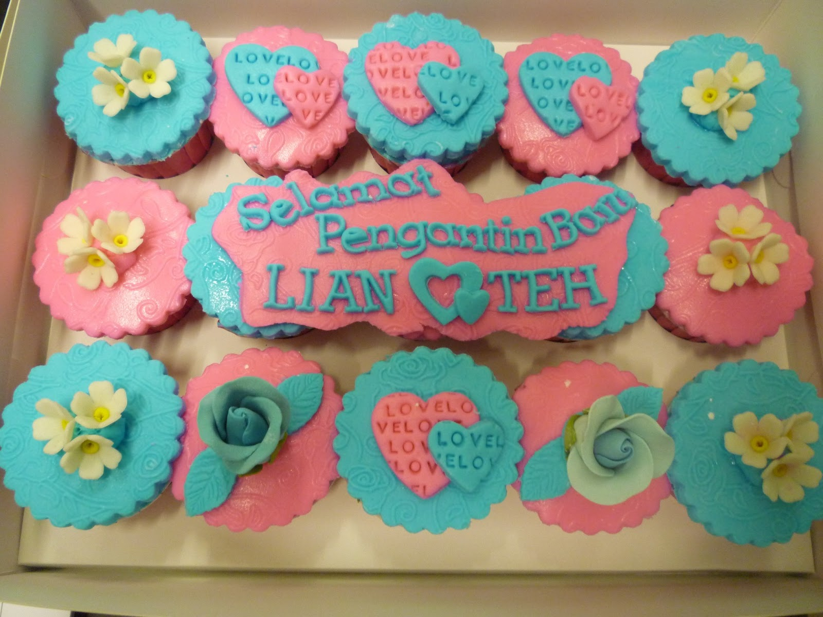 Lian Pop Cake