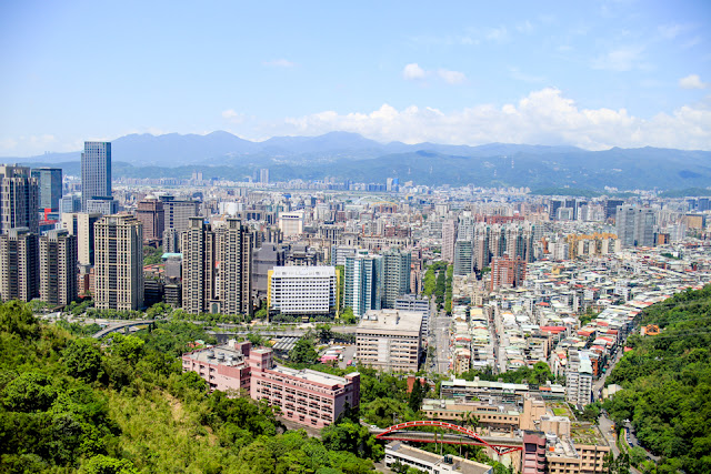 Elephant Mountain, Taipei | city views from the top of Xiangshan