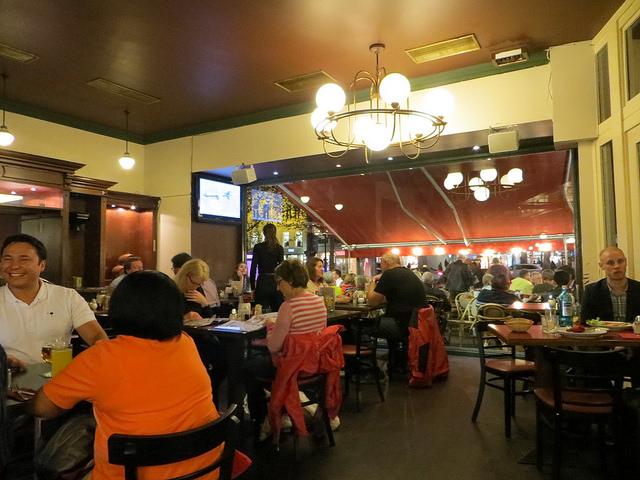 Nhà hàng Knese