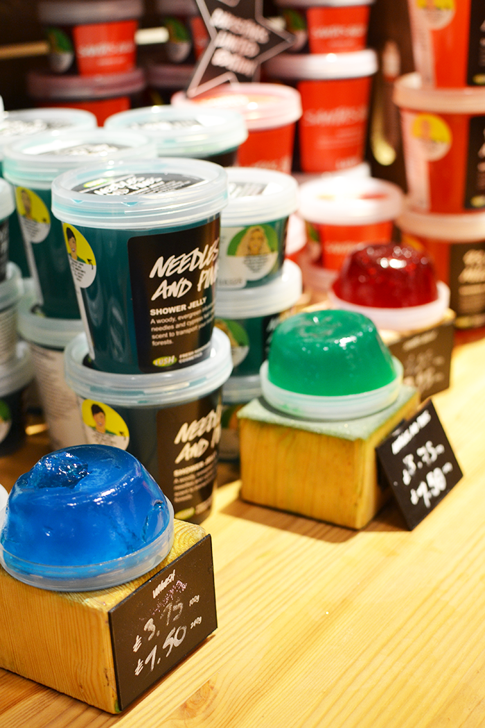 Lush Christmas 2015 Collection   Colours and Carousels - Scottish Lifestyle, Beauty & Fashion blog