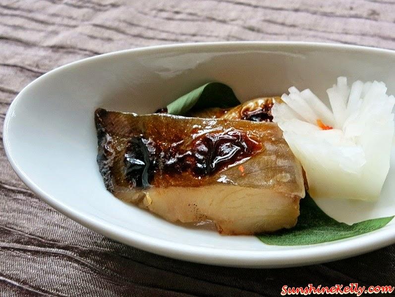 Taste of Okayama, Japan - Food, Fruits, Tourism, White Peach, Pione Grape, Muscat Grape