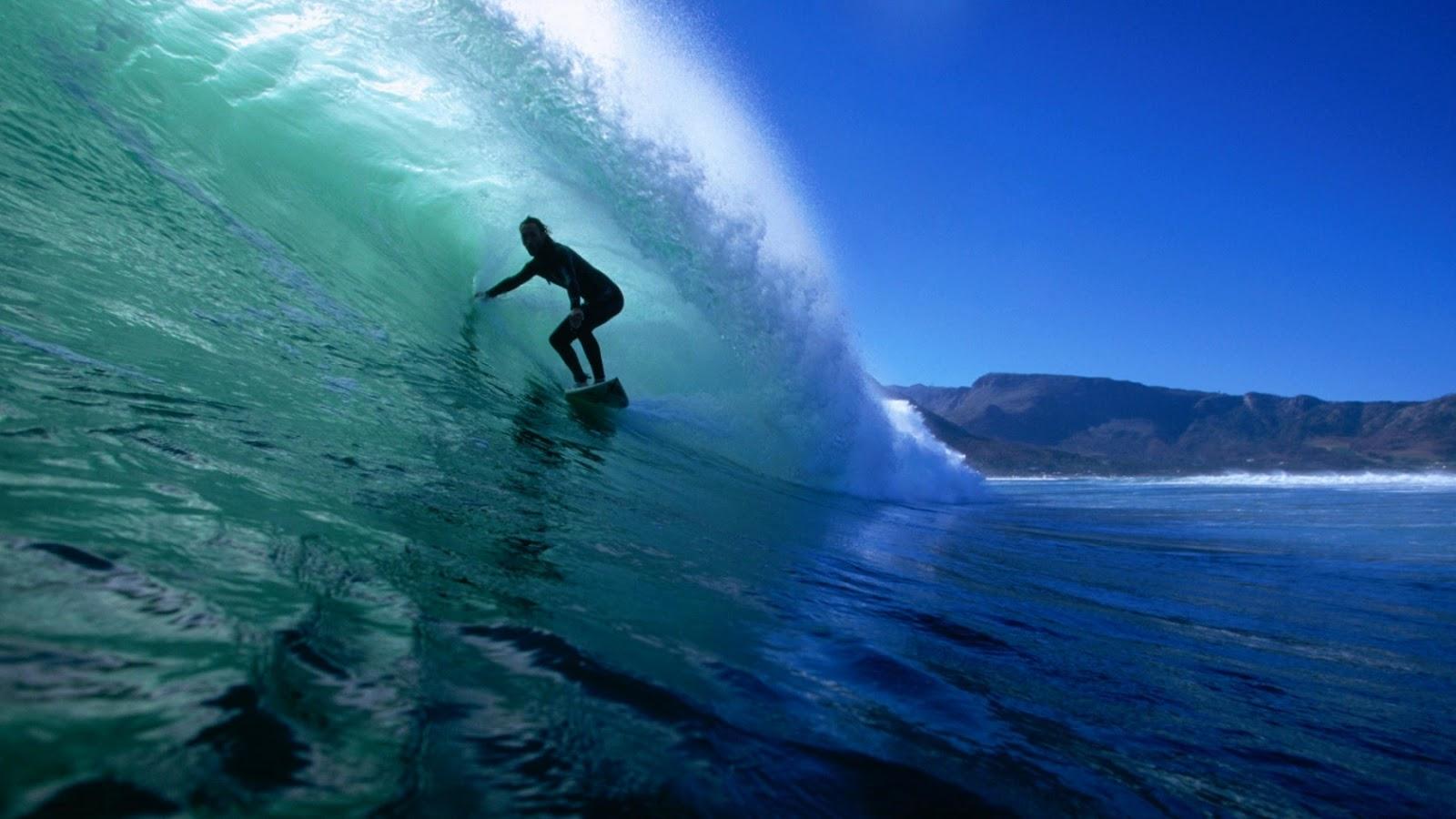 http://2.bp.blogspot.com/-au3eTmrdZnk/UA309aYI9PI/AAAAAAAAAm0/sV7NBu4YWfA/s1600/under-the-wave-wallpapers_9237_1680x1050.jpg