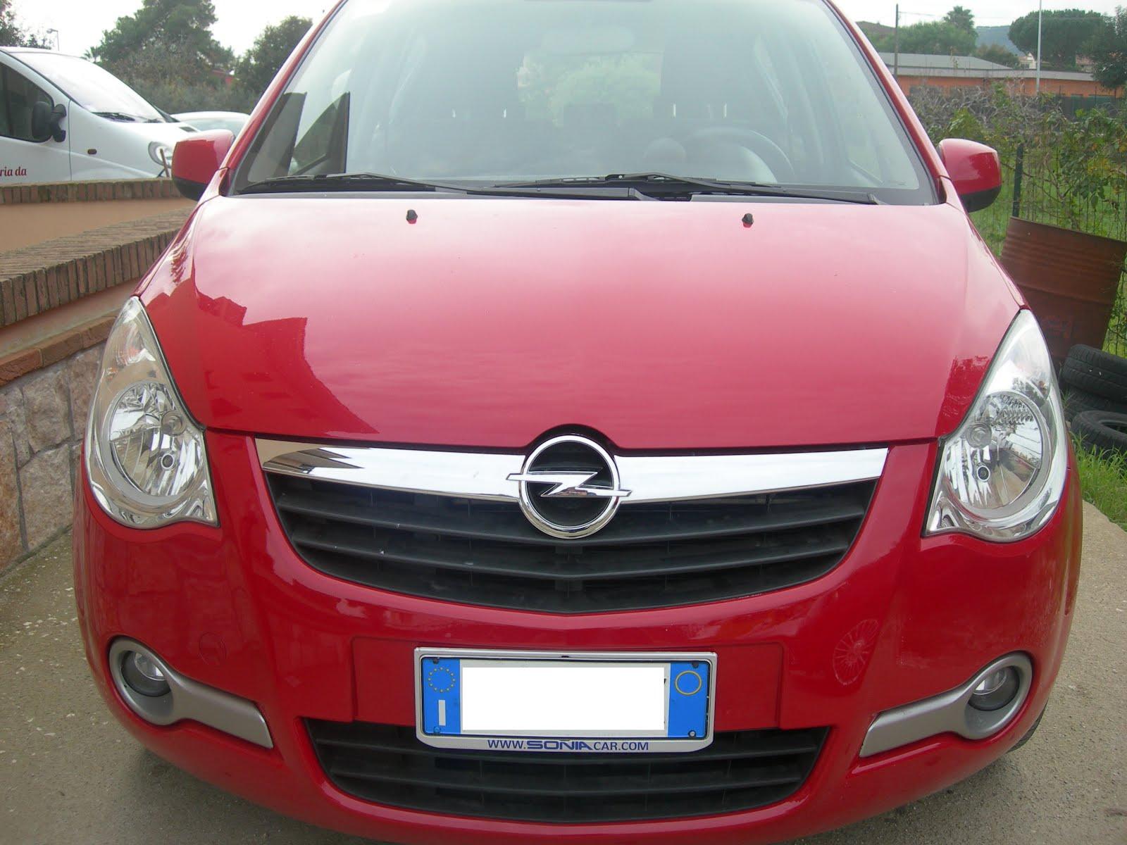 Opel Agila 1.0 cc 65 CV immatricolazione 2009 75.000 km accessori full optional Prezzo 4.900,00euro