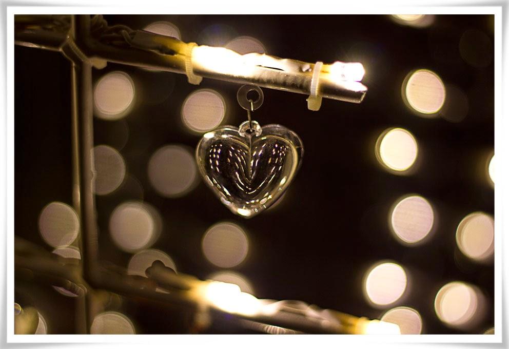 Glashjärta i adventsbelysning