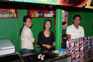 Monster Franks, E-Zone, F.Cabahug St., Kasambagan, Cebu City. 24-Hour Restaurant